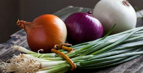 Food52: 5 Between-Season Dinners Starring Onions